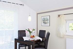 """Ferienwohnung """"Chiemsee"""" - Küche mit Essbereich"""